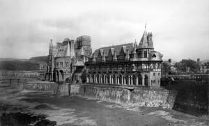 Old-Colleage-Aberystwyth-300x181